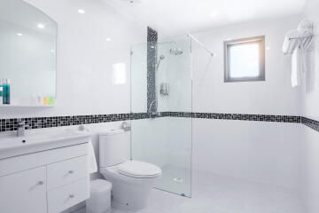 Shower tray to be tiled COMPACT - ultra flat off-set waste - 150 x 100 cm