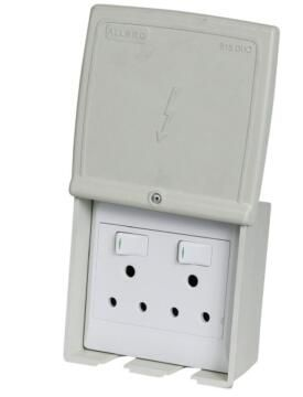 J.Box+Socket W/Pr 2X3Pin 100X50 Wh Waco