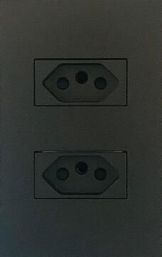 Socket 16A 3 Pin 4X2 Titanium Horizontal